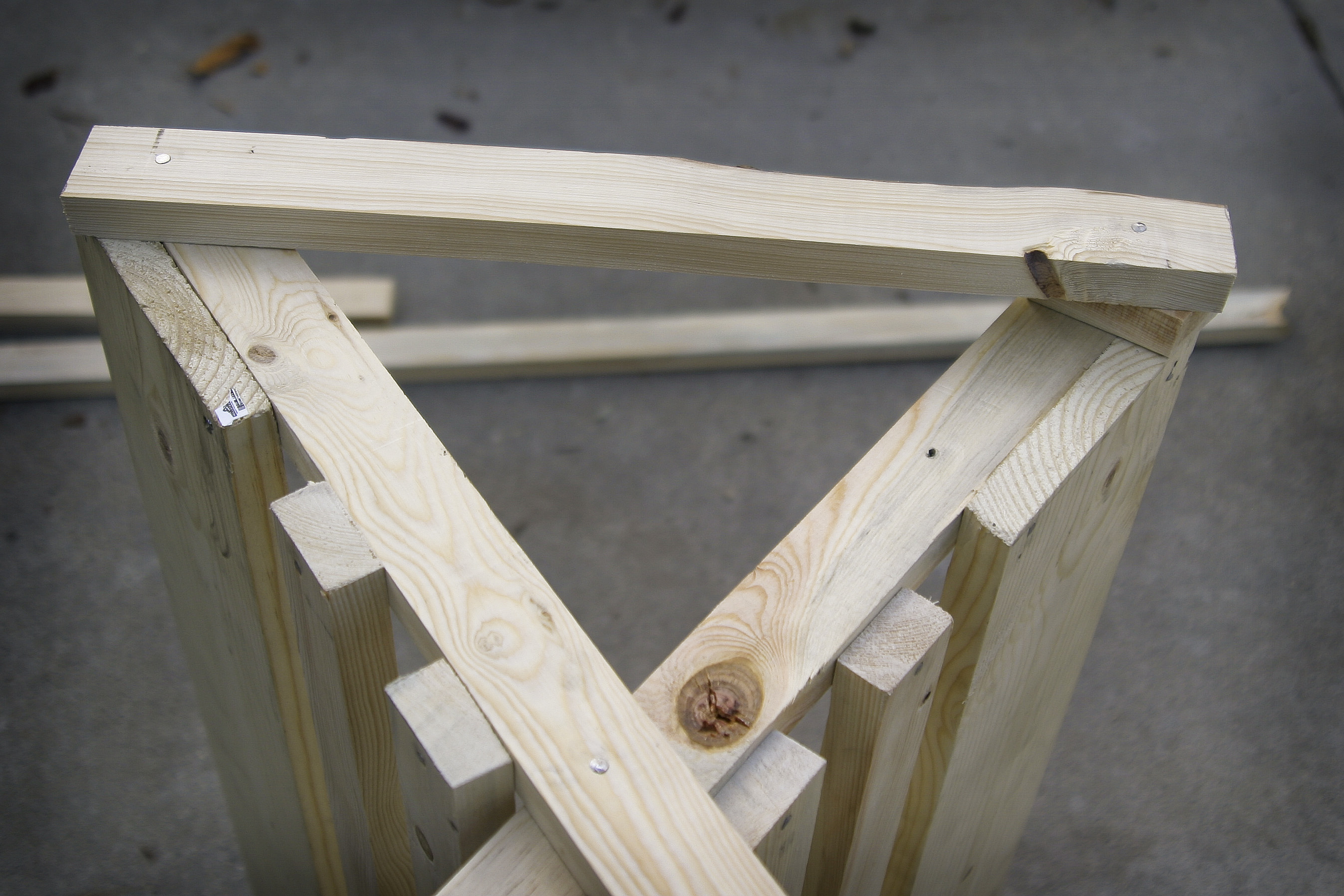 how to cut an even triangle out of wood