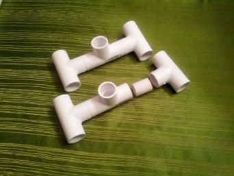 Attach the T-joints with the 1.25 inch segments as shown.